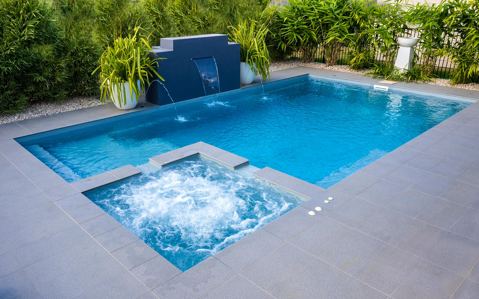 Leisure Pools Absolute Silver Grey